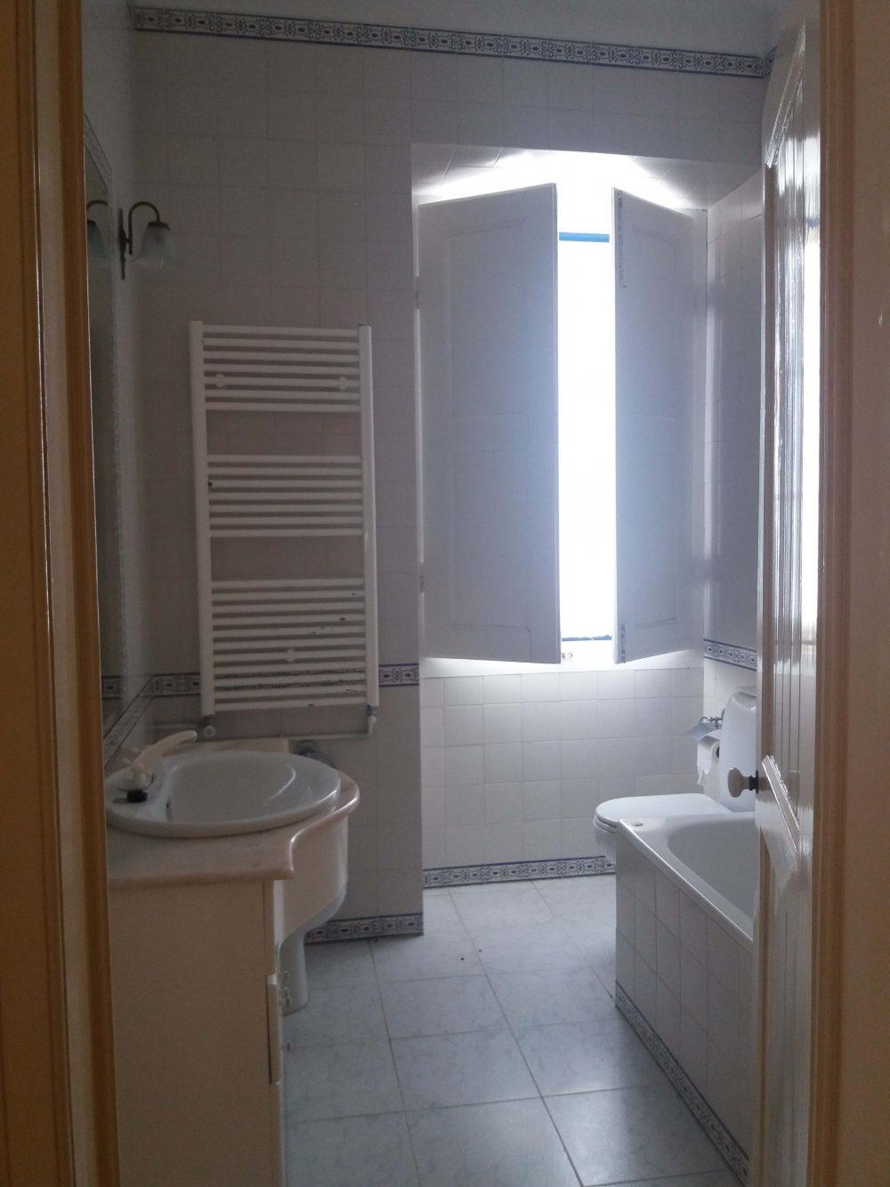 10-Bathroom house 1.