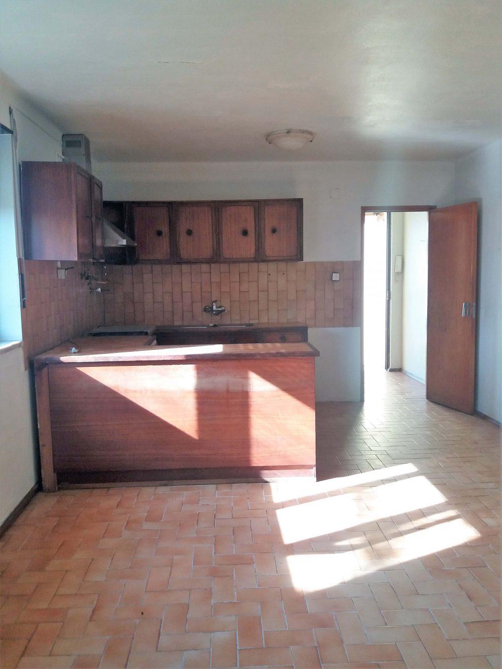 23-Kitchen.