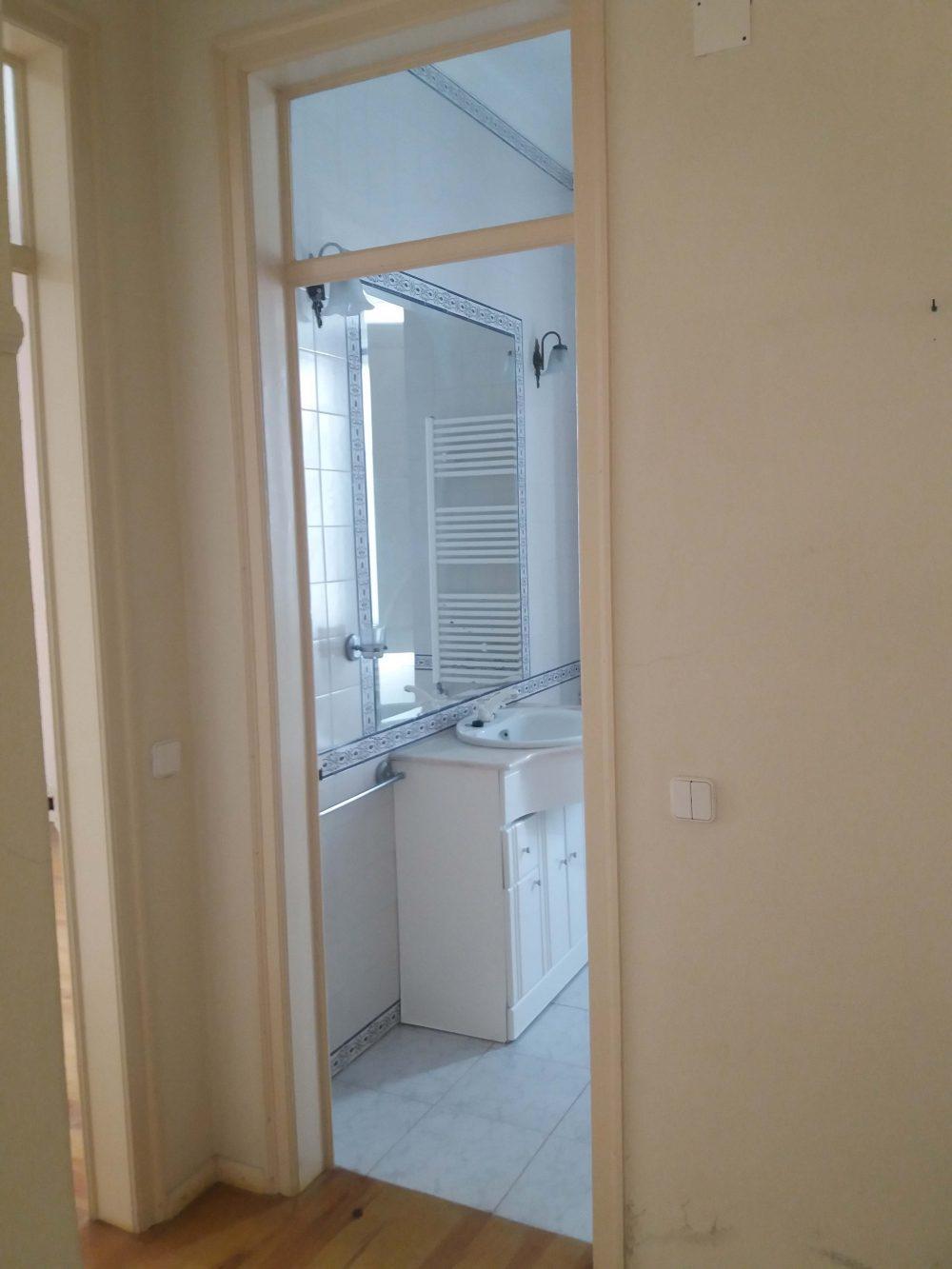 9-Bathroom house 1